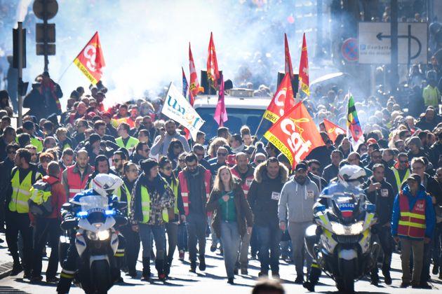 Gilets jaunes syndicats unis grève le 5 décembre 2019